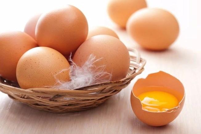 Lòng đỏ trứng rất tốt cho mắt cận thị